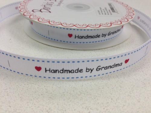 "Etiketten ""handmade by grandma"" Rolle 3 Meter Label weiss"