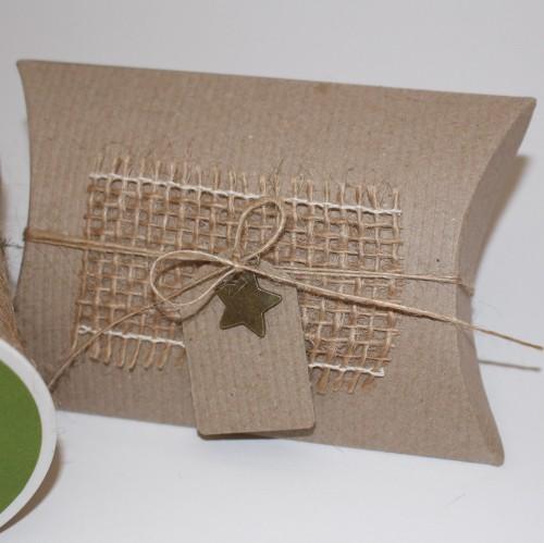 6 Kissenschachteln klein & Pappanhänger Kraft recycl gerippt