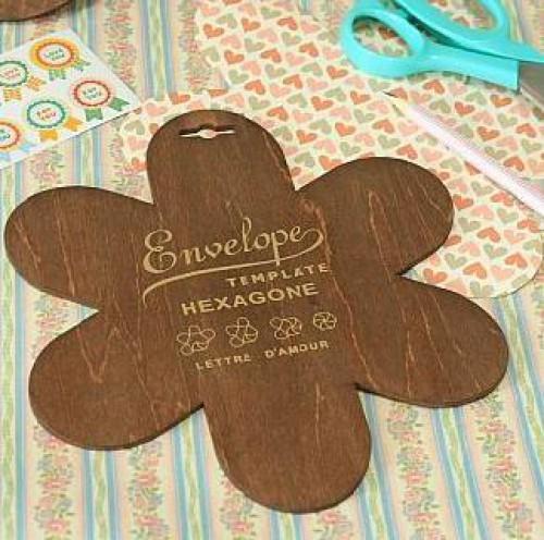 Holzschablone für kleinen Umschlag / Verpackung Hexagon