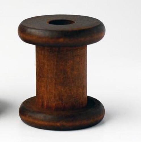 kleine dunkle Garnrolle Höhe 6 cm
