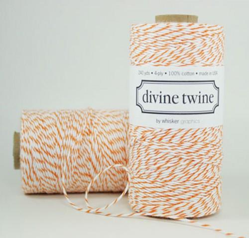 Divine Twine Rolle Garn orange / weiß 4-fädig
