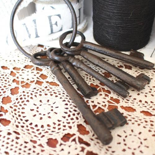Deko Schlüsselbund eisen dunkel 15 cm