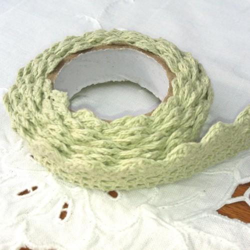 Rolle hellgrüne Häkelspitze selbstklebend 2 Meter Spitze