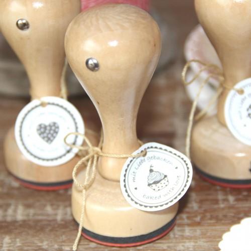 runder Stempel 'mit Liebe gebacken / baked with love'