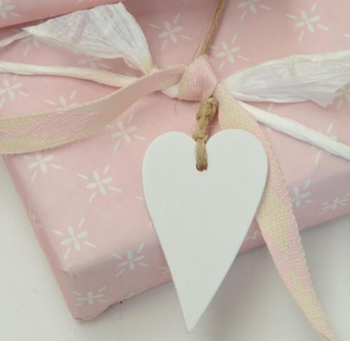 4 Stk Geschenkanhänger Herz weiss